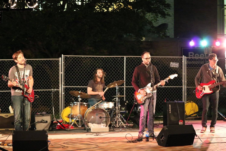Reeve Union hosts local live music night
