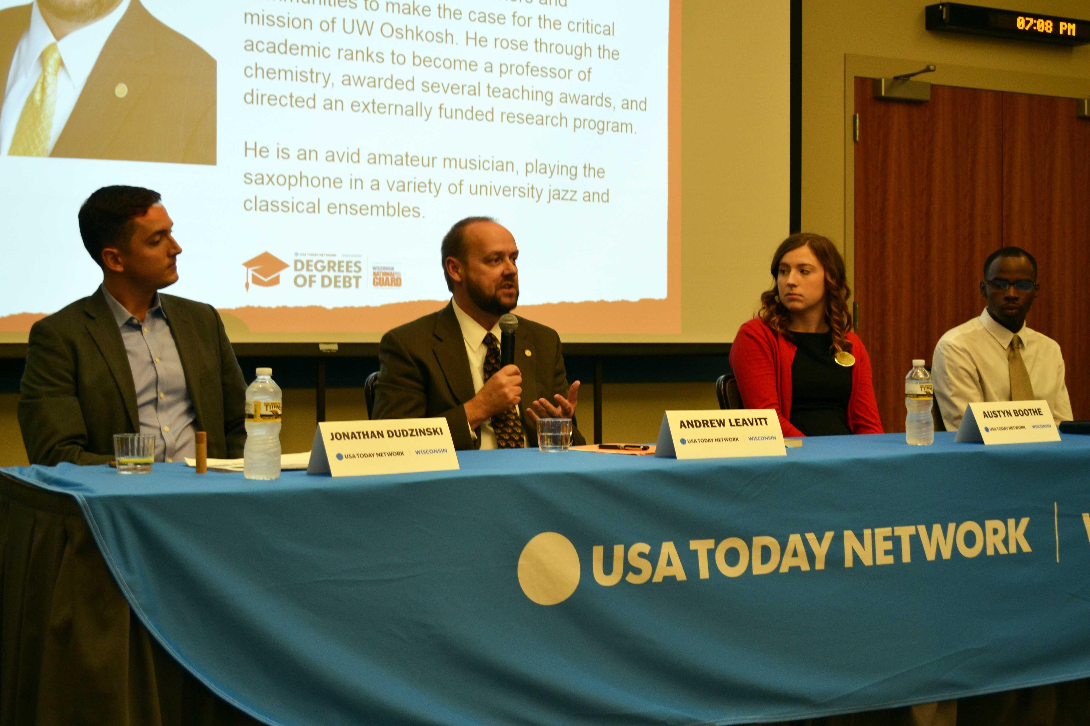 Panel addresses student debt