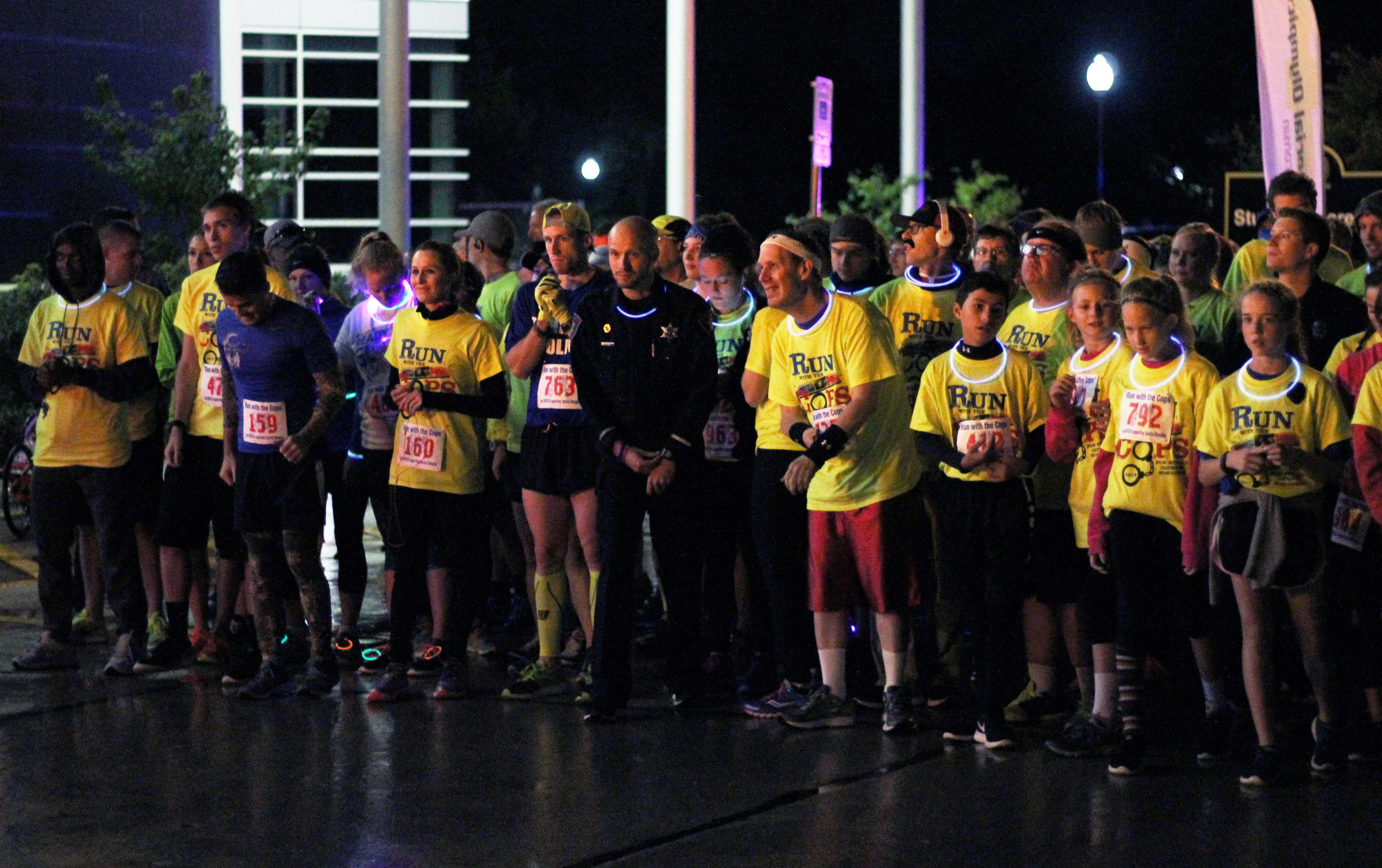 UWO Students, community support Special Olympics at Run With the Cops
