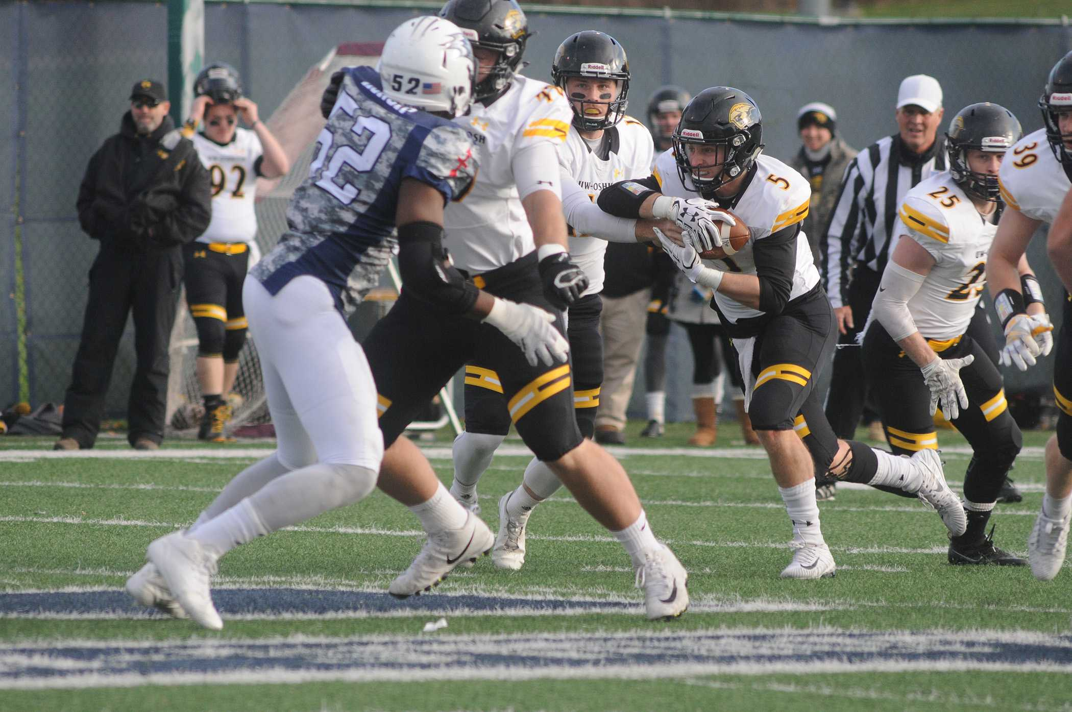 Undefeated season helps push UWO to playoffs