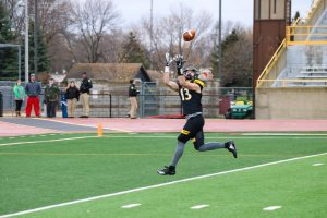 UWO senior wide receiver Sam Mentkowski brings in a pass from quarterback Brett Kasper.