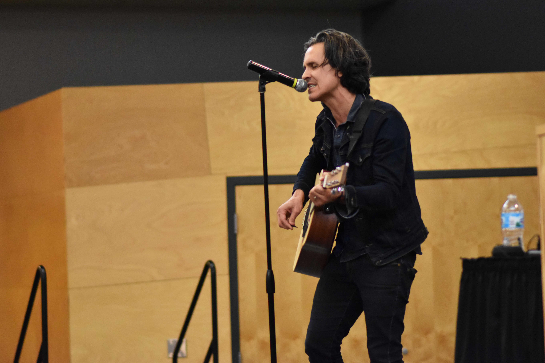 Rock singer decries human trafficking