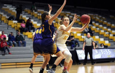 WBB falls back in WIAC standings