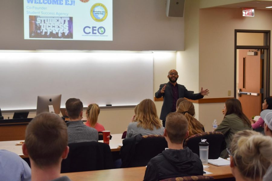 Forbes+top-30+entrepreneur+under+the+age+of+30+and+motivational+speaker%2C+EJ+Carrion%2C+talks+to+the+CEO+Club+about+student+success+during+and+after+college.