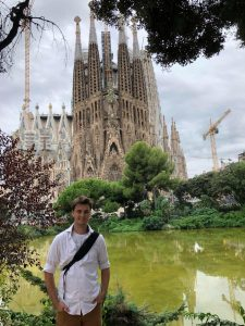 Taylor poses in front of the Sagrada Familia while studying in Spain.