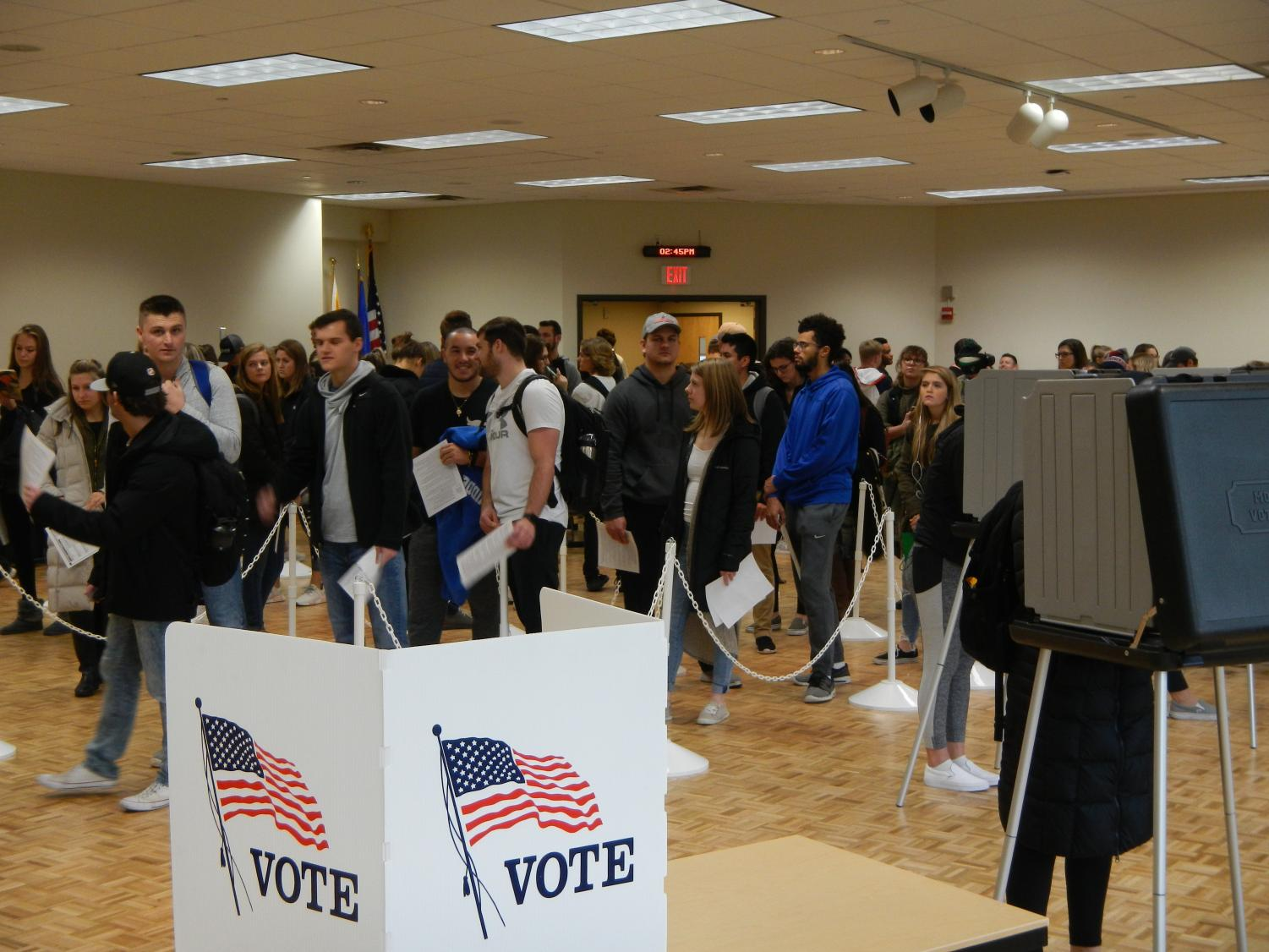 UWO students wait in line at Reeve Memorial Union to cast their vote in the 2018 midterm election.