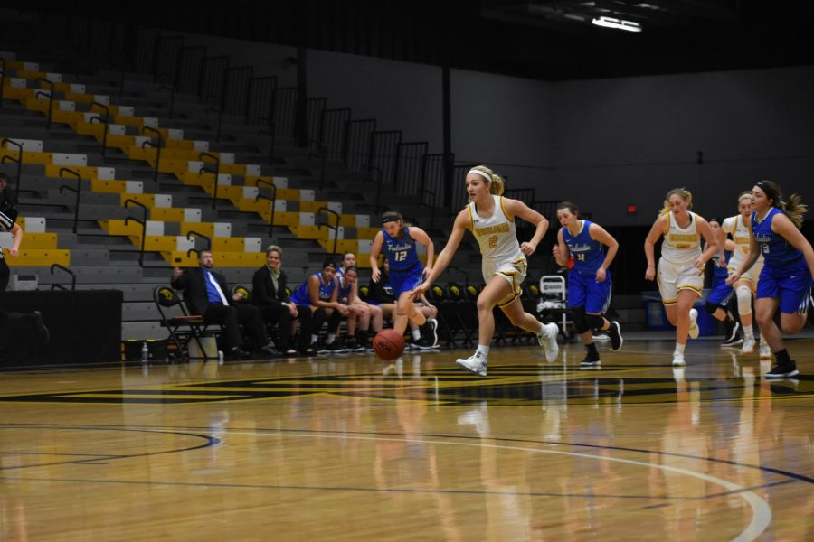UWO's Abby Kaiser breaks free for a fastbreak layup late in the fourth quarter.