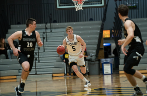 Titan men's basketball begins 2019 season 2-0