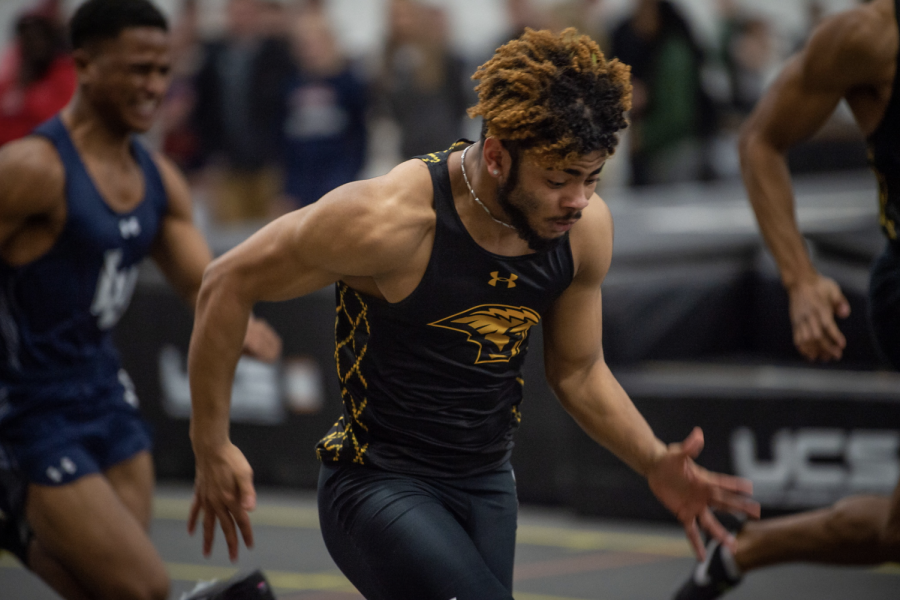 Freshman Jaylen Grant runs a 6.81 60-meter dash, a time that's good enough for second fastest in Division-III track and a new school record for the event. Grant also won WAC Track and Field Athlete of the Week honors for his performance.
