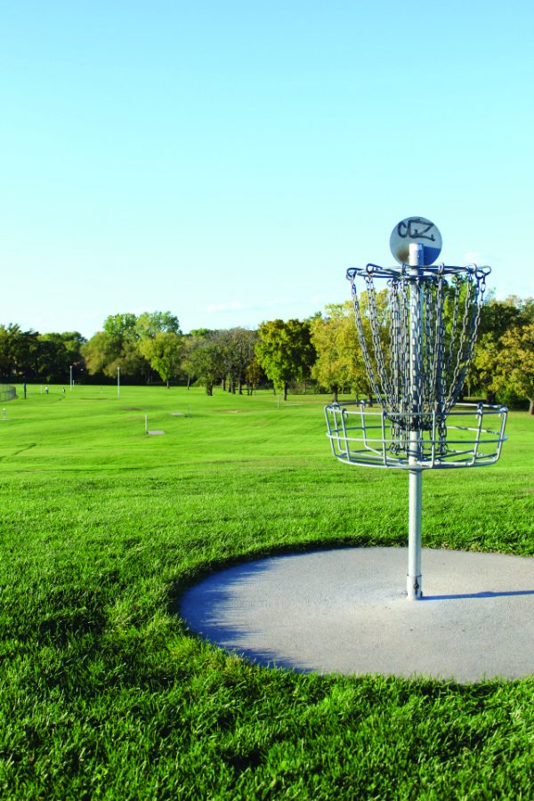 Red Arrow Park challenges beginner disc golfers