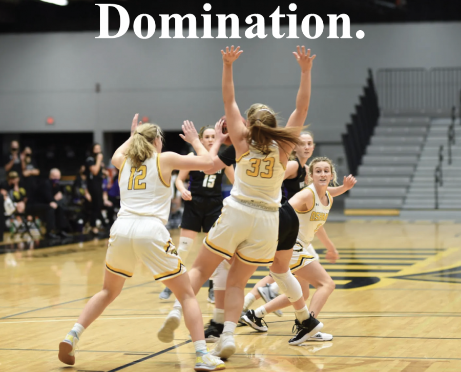Courtesy of April Lee | Seniors Leah Porath (left) and Nikki Arneson (middle) defend the paint against Whitewater as Oshkosh takes the game by a score of 69-51 at Kolf on Feb. 12.